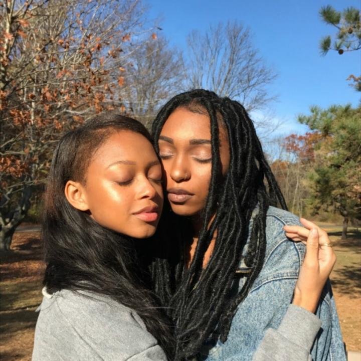 IMAGE SOURCE: kissmyblackazz_tumblr_post_163255504431_brown-bffs
