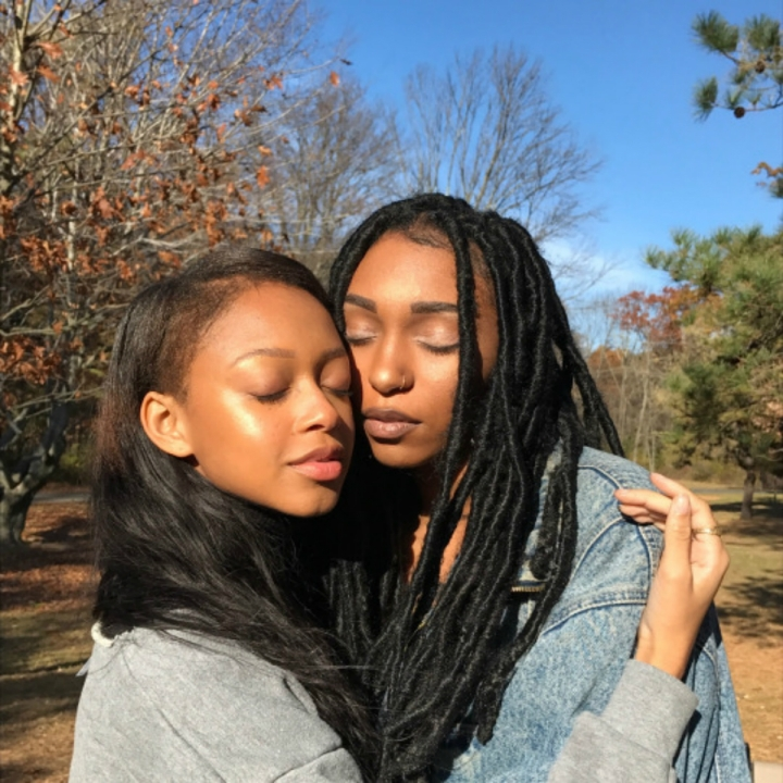 IMAGE SOURCE: kissmyblackazz_tumblr_post_163255504431_brown-bffs